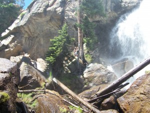 Stacey&Morgan_at_waterfall_2